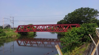 赤い鉄橋.jpg
